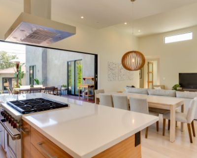 Modern Home with Amazing Natural Light, Gourmet Kitchen, Patio and Fire Pit, Los Angeles, CA