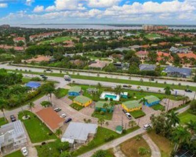 14621 Mcgregor Blvd, Fort Myers, FL 33908 1 Bedroom Condo