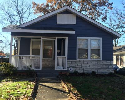 Cozy Cottage Centrally Located. - Hillcrest
