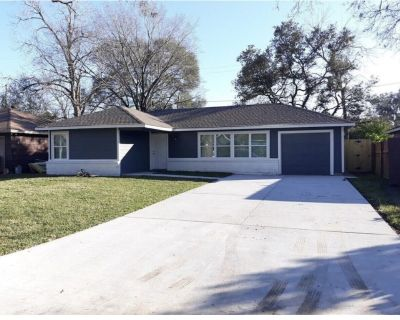 Lavish, comfortable and Accessible 3bd/2bth home - Southeast Houston