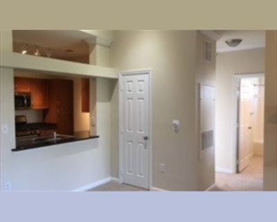 Room for rent in Centre Park Circle, Herndon - Herndon Condo w/amenities