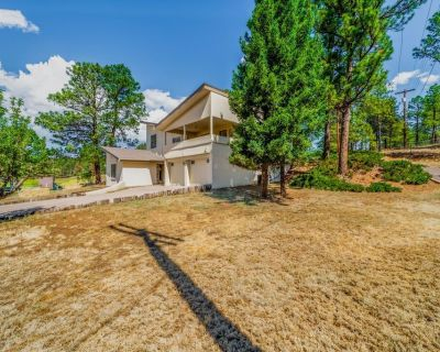 101 Williams- Large 2 level home near golf course with awesome views! - Ruidoso