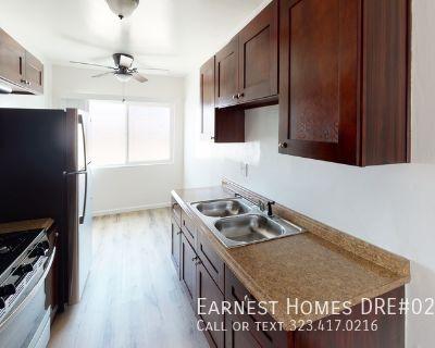Your new home awaits at Cahuenga Blvd!