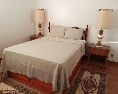Furnished Master Bedroom For Rent In Newark
