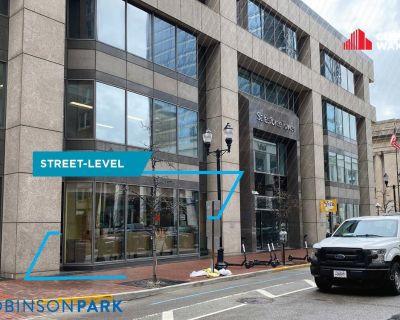 Salesforce Tower - Street Level Restaurant