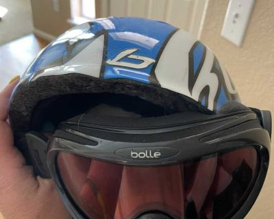 Ski helmet and goggles for youth