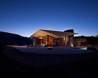 Secluded Ultra Contemporary Architecture With Dramatic Views Of The Desert Below, Palm Desert, CA