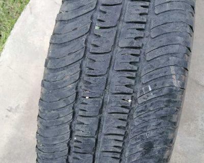 Tire 275/60 R20