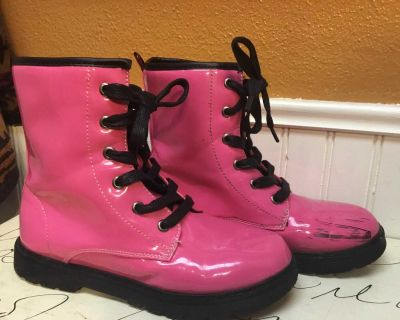 Girls size 3 hot pink pleather boots