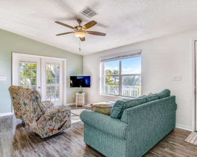 Waterfront home with dock, high-speed WiFi, and central AC - snowbird-friendly! - Little Torch Key