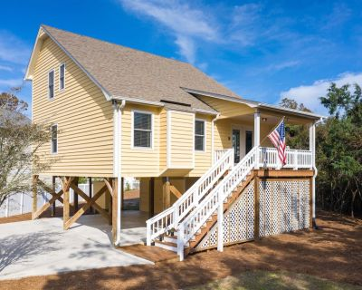 * Relaxing * Oceanside * Standalone Beach House * Centrally Located* - Emerald Isle