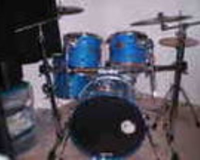 Nice Drumset Pearl Export Select 5 Piece