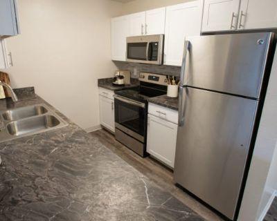 Apres Apartment Homes