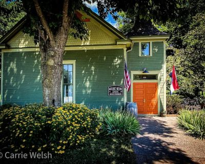 Historic 1905 Church converted to a luxury Suite on the Katy Trail. - Rocheport