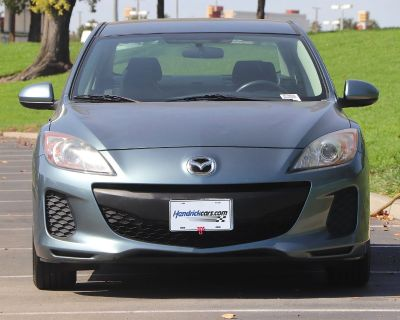Pre-Owned 2013 Mazda3 i SV