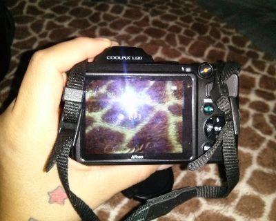 Nikon coolpix camera to trade for samsung galaxy phone