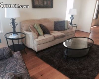 $5200 4 single-family home in West Los Angeles