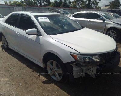 Salvage White 2012 Toyota Camry