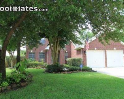 $540 4 single-family home in NE Houston