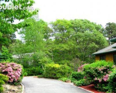 Overlook Cir Barnstable, MA 02536 2 Bedroom Apartment Rental