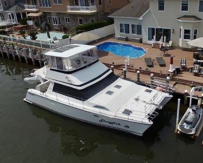1997 Ventura Power Catamaran