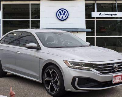 2020 Volkswagen Passat 2.0T R-Line