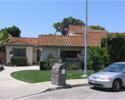 Remodeled single family 3 bed/2 bath for Rent