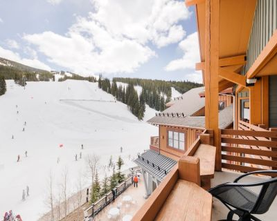 Awesome Balcony View at Half Pipe! Also, check NEW Listing #2086667 Next Door! - Copper Mountain