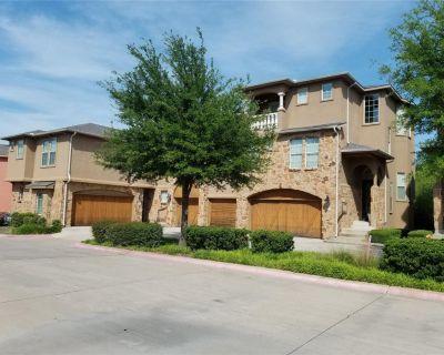 2635 Villa Di Lago #2, Grand Prairie, TX 75054