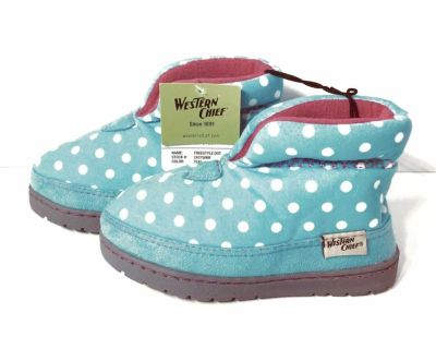 Toddler 10 - NWT Western Chief Toddler Polka Dot Slipper Boots