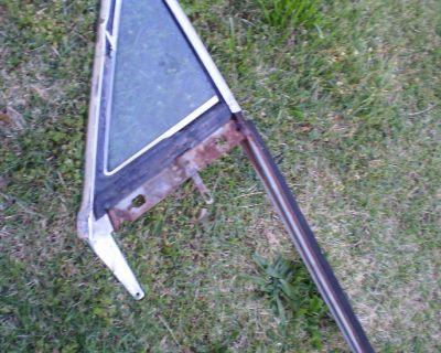 CUTLASS 1968 68 Convertible outer vent window frame #9712547 LH GLASS AC RARE