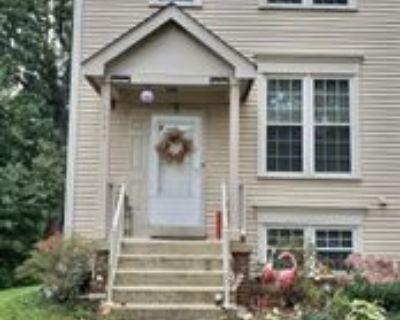 6947 Compton Ln, Centreville, VA 20121 4 Bedroom Apartment