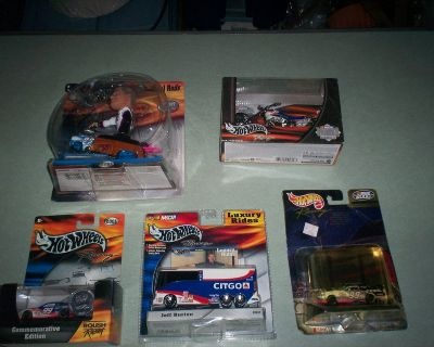 five hot wheels collectables