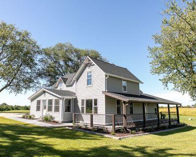 Private Farmhouse - Enjoy 36 Acres to Relax, Unwind & Enjoy the outdoors. - Winona County