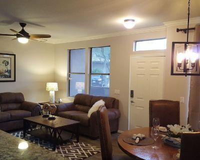 North Scottsdale 3 Bedroom, 2.5 Bath Condo - North Scottsdale