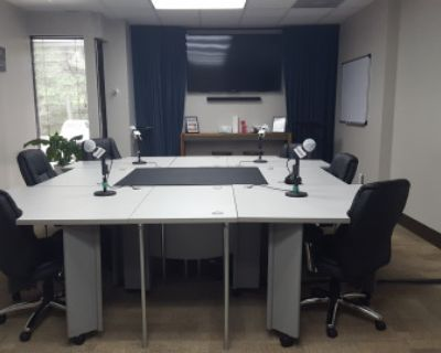 Podcast & Video Recording Studio! With All the Equipment and Engineer Provided to Record Your Podcast Like a Rock Star!, Atlanta, GA