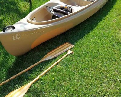 Great condition mad river canoe adventure 16