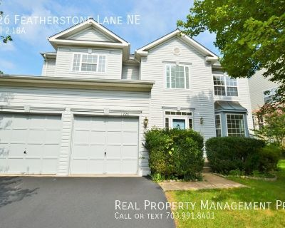 Beautifully Maintained Colonial For Rent in Potomac Crossing!