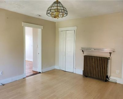 Location! DELEADED 3 Bed, Monument Sq Area, Charlestown By Charles River Properties LLC