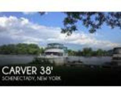 40 foot Carver 40