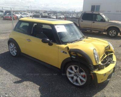 Salvage Yellow 2004 Mini Cooper Hardtop