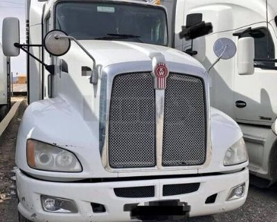 (7 Trucks) Road Ready 2013 Kenworth T660 Hi-Rise Sleeper Cab Semi Truck