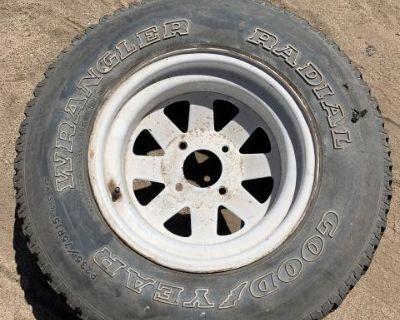 single rear jackman style wheel