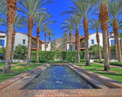 Luxurious Ground Floor Villa with 2 Master Bedrooms, sleeps 6, near main pool. - La Quinta