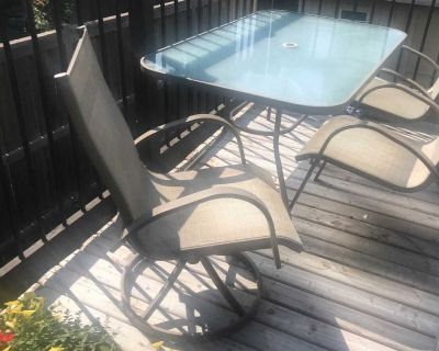 Patio Dinning Table & chairs