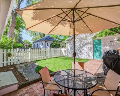 1BR Colorado Cottage Charm Hiking and Broadmoor - Southwest Colorado Springs