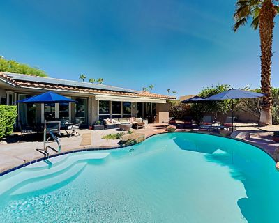 Bel Air Beauty | Private Pool, Hot Tub, Firepit, Wet Bar & Large Home Office - Palm Desert