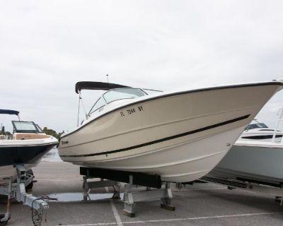 2012 Sea Ray 220 Sundeck