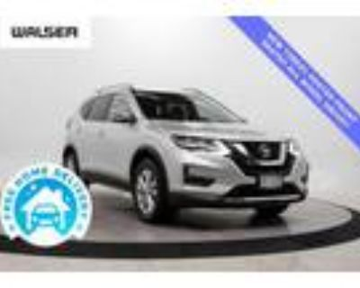 2018 Nissan Rogue Silver, 33K miles
