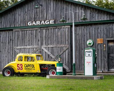 Flat, spacious, private farm with working photo studio, Franklin, TN